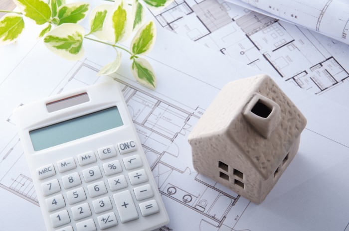 フラット35で住宅ローンを借りた場合の金利と返済方法【2020年最新】