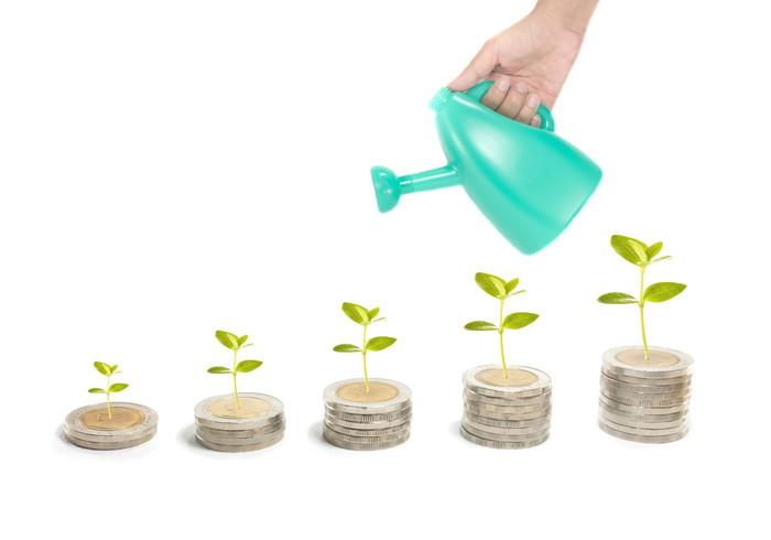 目標は小金持ち!初心者は少額投資からステップアップしよう!