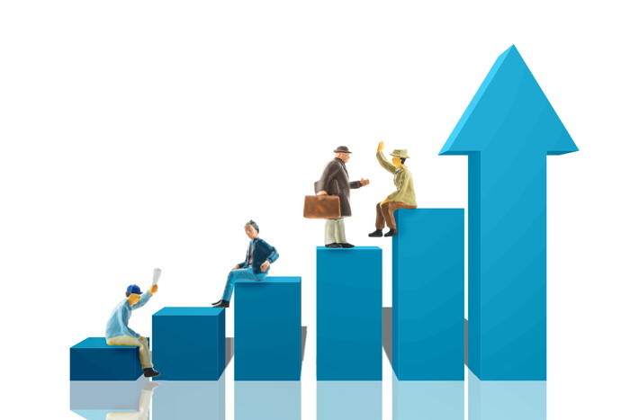 30年でどれだけ増える?投資別の利回りと資産形成シミュレーション