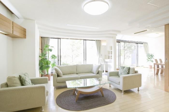 マイホームのリビング実例集!快適な家づくりを行う5つの鉄則とは?